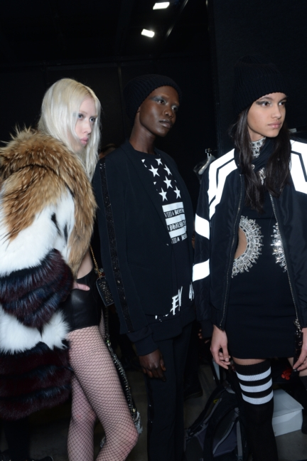 philipp-plein-aw1617-women_s-fashion-show-backstage-sgp-1