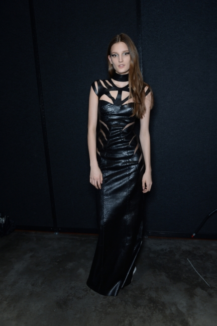 philipp-plein-aw1617-women_s-fashion-show-backstage-sgp-43