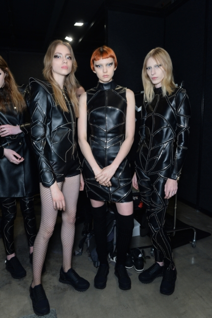 philipp-plein-aw1617-women_s-fashion-show-backstage-sgp-50