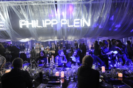 philipp-plein-aw1617-women_s-fashion-show-dinner-sgp-51