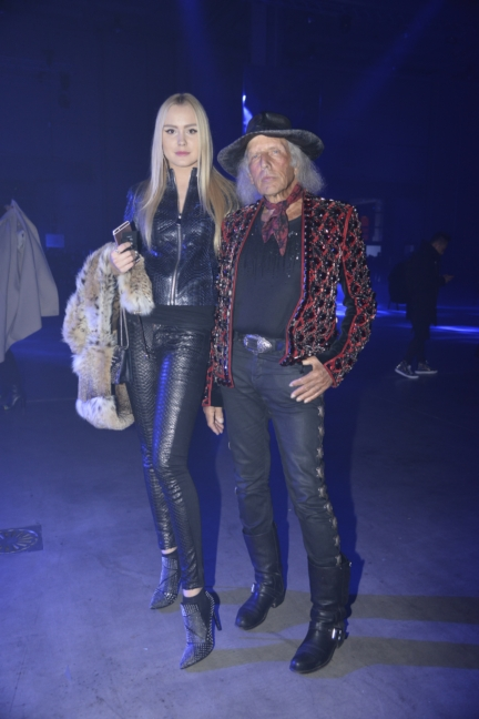 philipp-plein-aw1617-women_s-fashion-show-james-goldstein-sgp-37