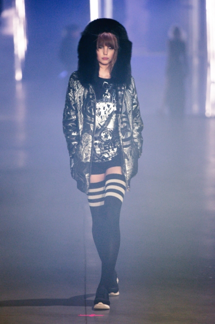 philipp-plein-women_s-fashion-show-fw1617-runway-38