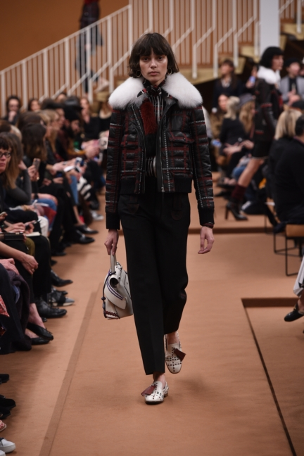 tods_women_fw17_look_03