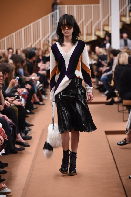 tods_women_fw17_look_16