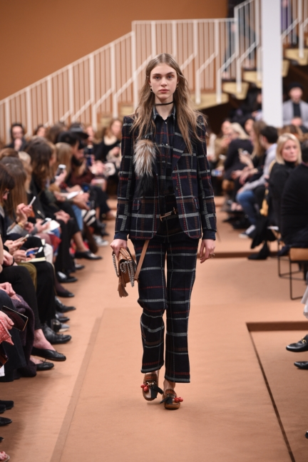 tods_women_fw17_look_19
