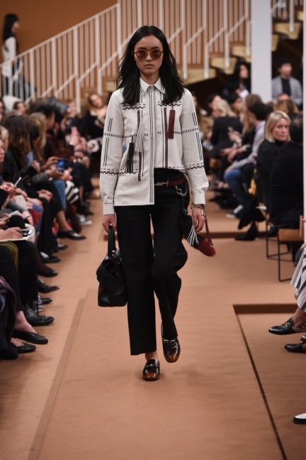 tods_women_fw17_look_22