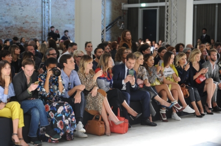 trussardi-womens_mens_ss18_frontrow1