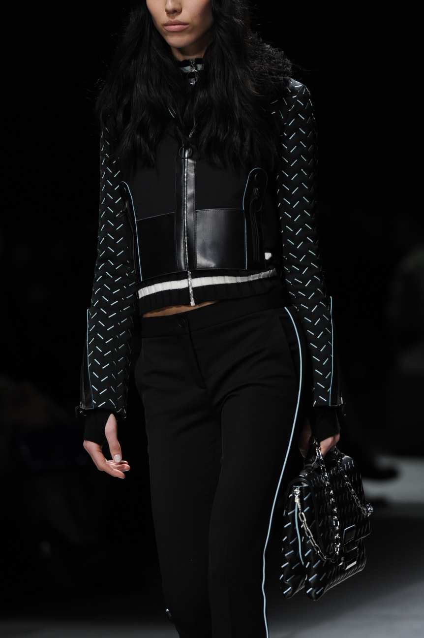 versace_women_fw16_138_mm3_5399