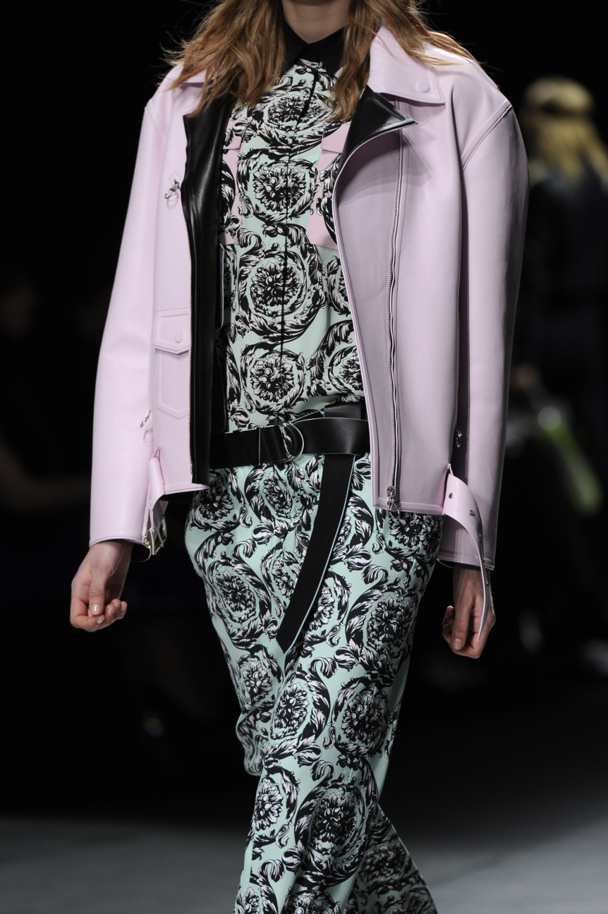 versace_women_fw16_154_mm3_5481