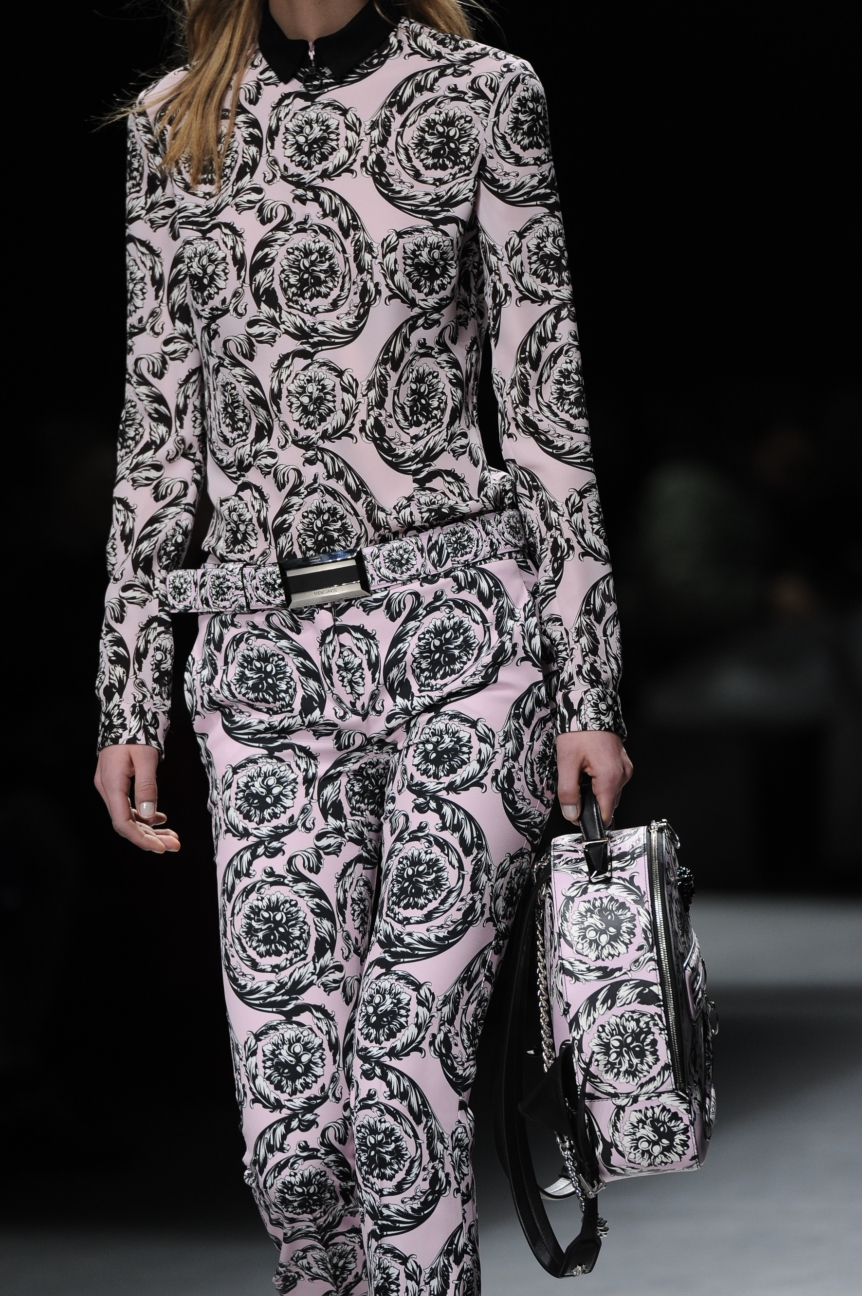 versace_women_fw16_158_mm3_5465