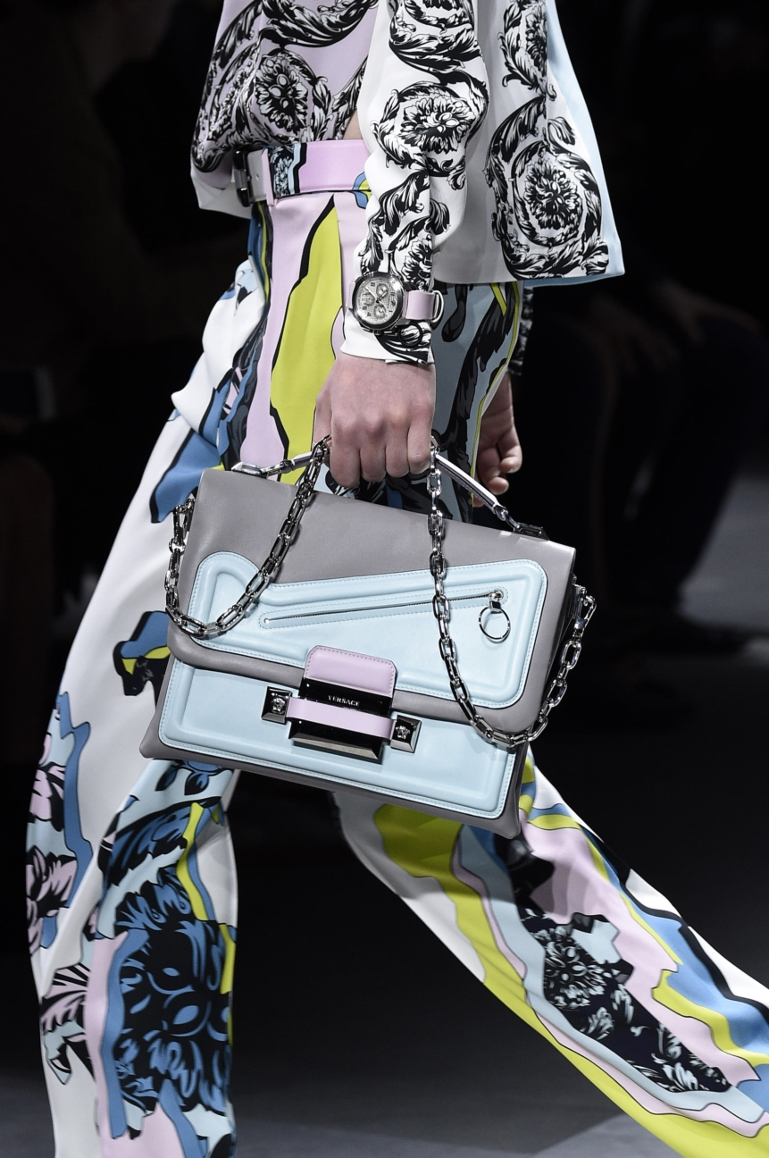 versace_women_fw16_162__arm0162