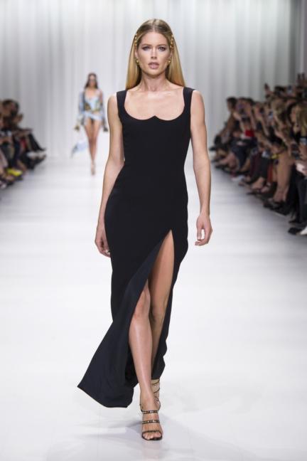 versace_women_ss18-29