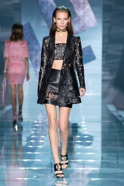 versace-w-ss15-look_23-copy