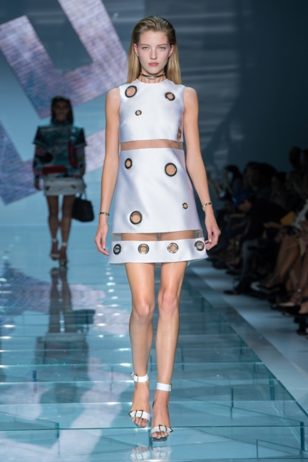 versace-w-ss15-look_26-copy