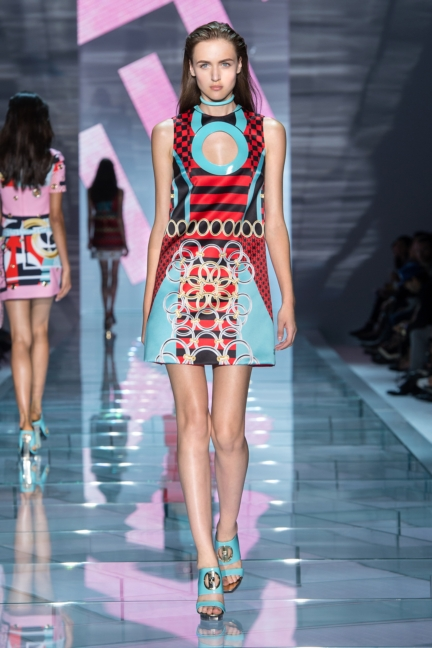 versace-w-ss15-look_30-copy