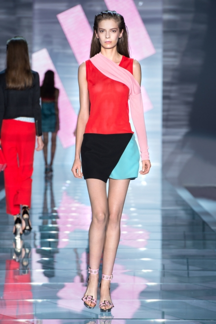 versace-w-ss15-look_32-copy-2