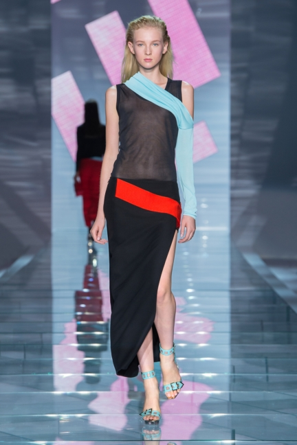versace-w-ss15-look_33-copy