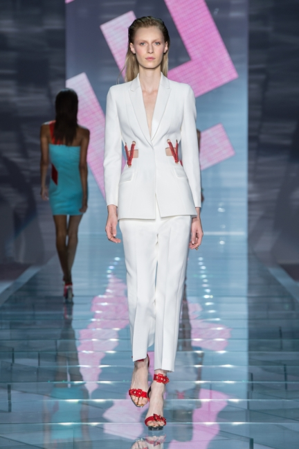 versace-w-ss15-look_36-copy