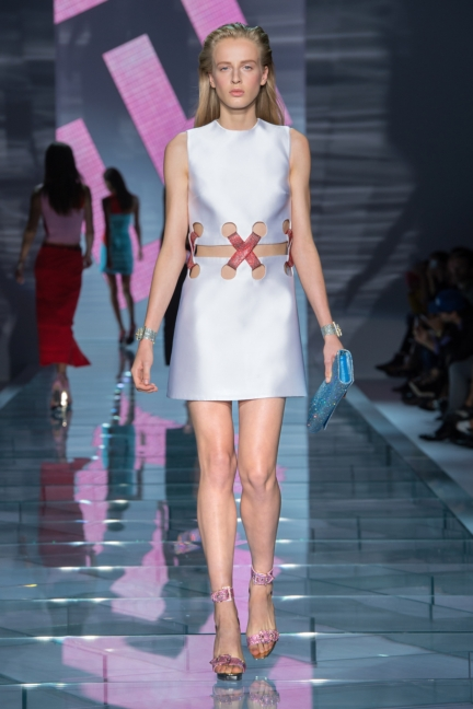 versace-w-ss15-look_37-copy