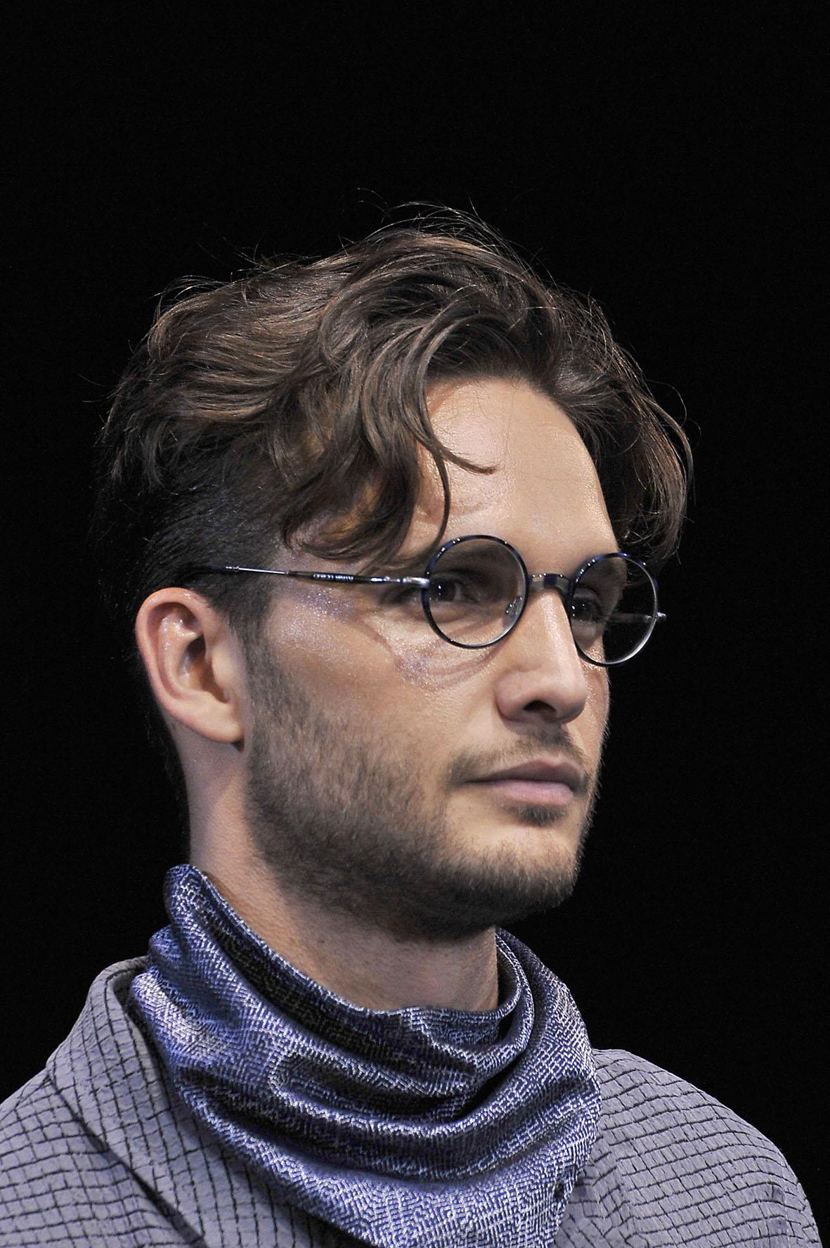 giorgio-armani-menswear-ss17_eyewear-close-up