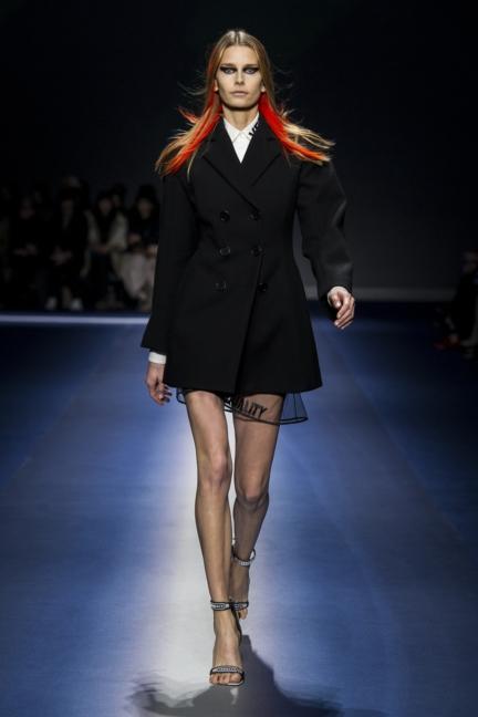 versace_women_fw17-1