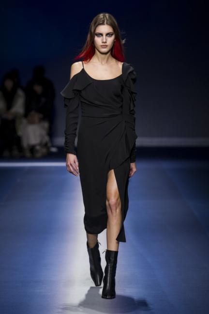 versace_women_fw17-36