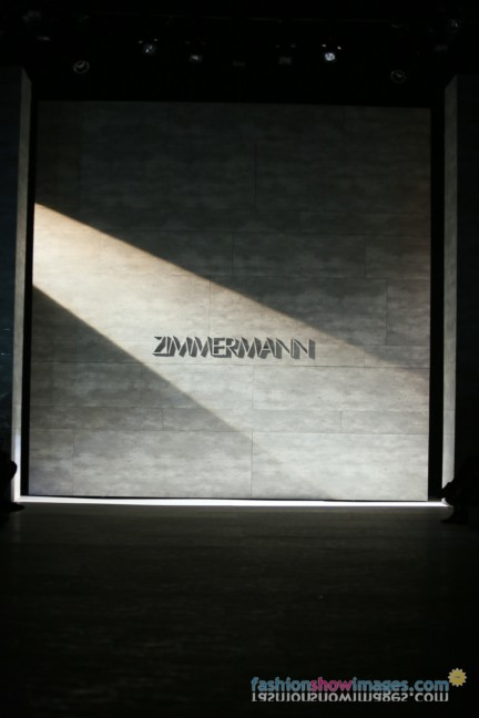 z00099