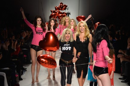 aw-2014_mercedes-benz-fashion-week-new-york_us_betsey-johnson_45548