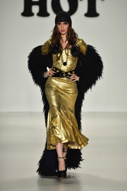 aw-2014_mercedes-benz-fashion-week-new-york_us_betsey-johnson_45555