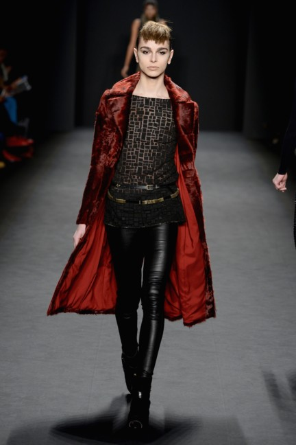 aw-2014_mercedes-benz-fashion-week-new-york_us_carmen-marc-valvo_44909