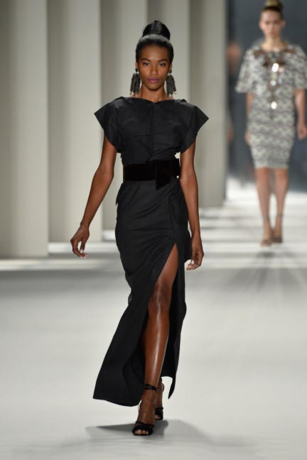 aw-2014_mercedes-benz-fashion-week-new-york_us_carolina-herrera_45228