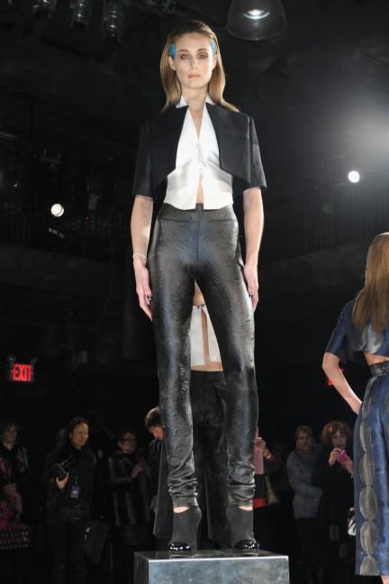 aw-2014_mercedes-benz-fashion-week-new-york_us_czar-by-cesar-galindo_45115