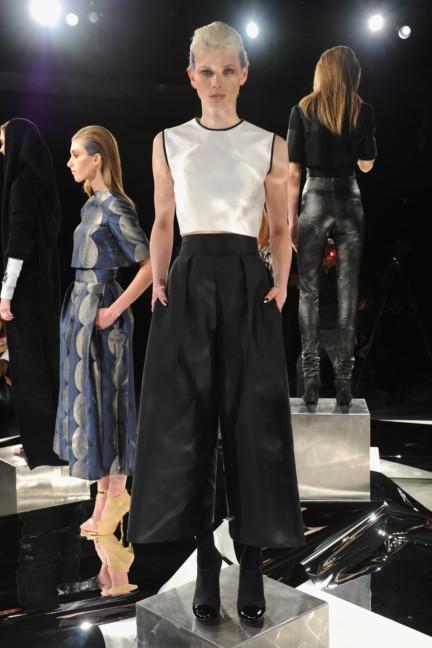 aw-2014_mercedes-benz-fashion-week-new-york_us_czar-by-cesar-galindo_45124