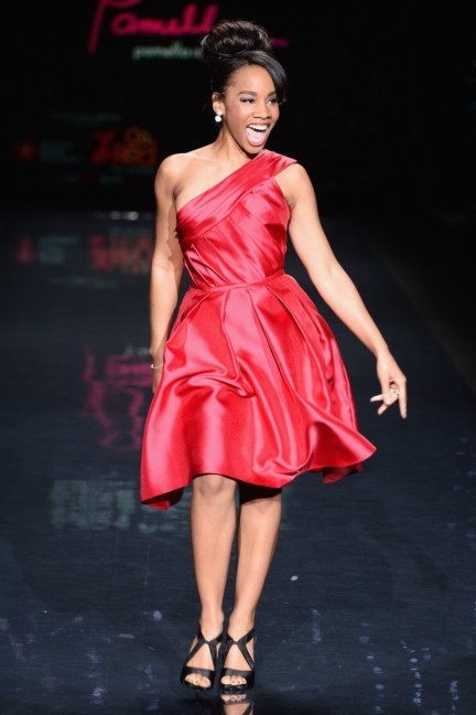 aw-2014_mercedes-benz-fashion-week-new-york_us_go-red-for-women_44851
