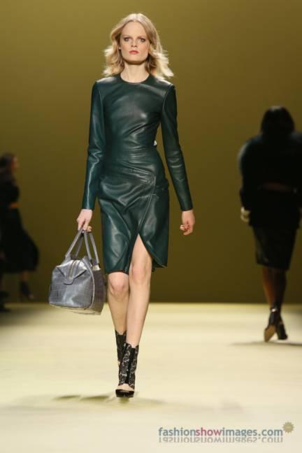 j-mendel-new-york-fashion-week-autumn-winter-2014-00071