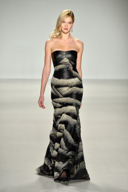 aw-2014_mercedes-benz-fashion-week-new-york_us_pamella-roland_45403