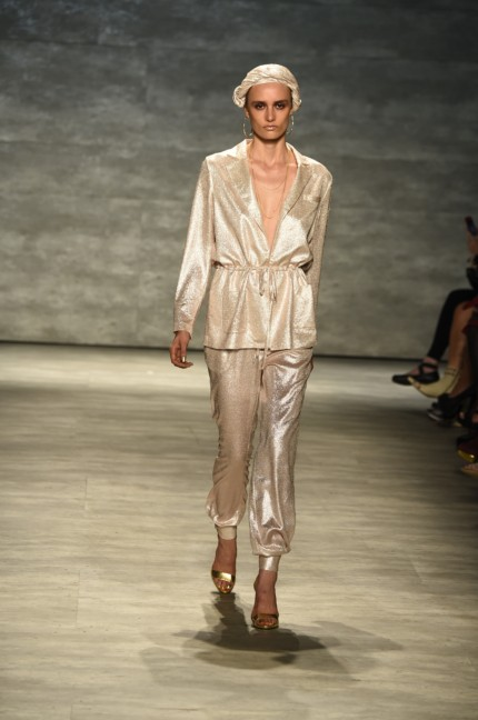 ss-2015_mercedes-benz-fashion-week-new-york_us_georgine_50925