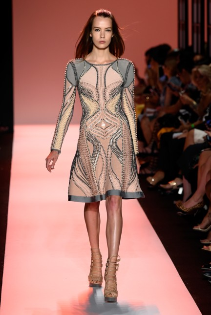 ss-2015_mercedes-benz-fashion-week-new-york_us_herve-leger-by-max-azria_50580