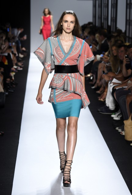 ss-2015_mercedes-benz-fashion-week-new-york_us_herve-leger-by-max-azria_50582