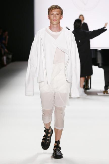 ss-2017_fashion-week-berlin_de_0005_odeur_65390