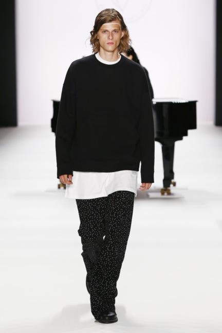 ss-2017_fashion-week-berlin_de_0006_odeur_65389