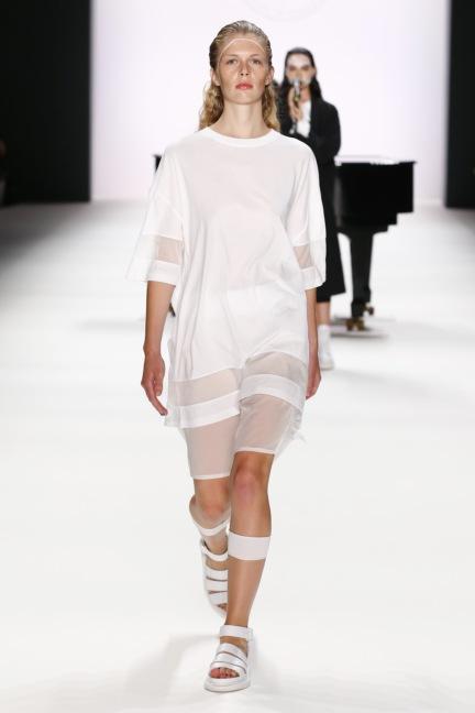 ss-2017_fashion-week-berlin_de_0013_odeur_65382