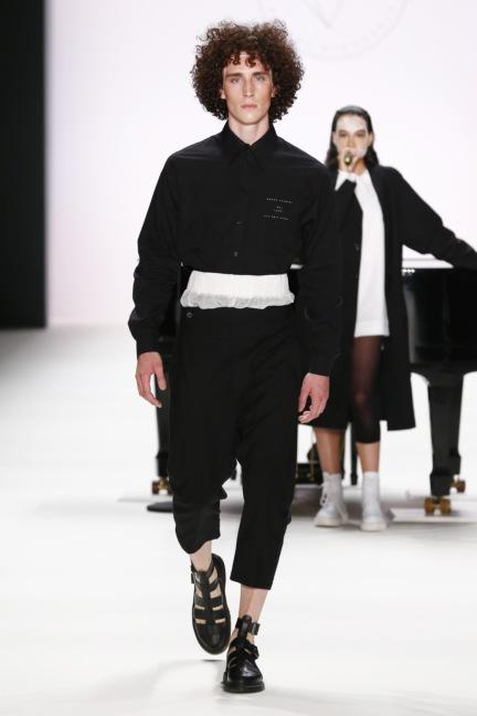 ss-2017_fashion-week-berlin_de_0015_odeur_65380