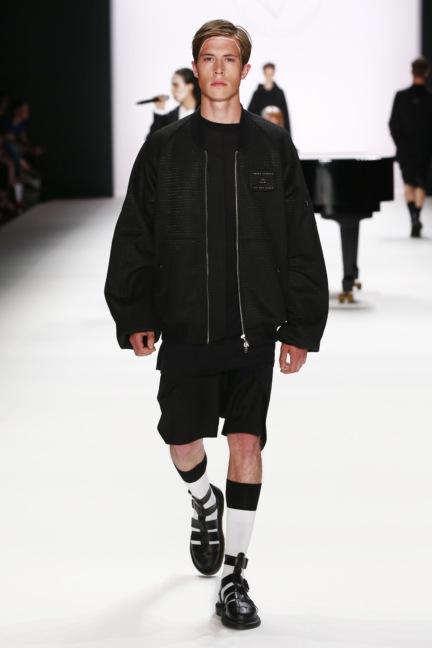 ss-2017_fashion-week-berlin_de_0018_odeur_65377
