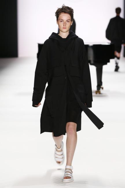 ss-2017_fashion-week-berlin_de_0019_odeur_65376