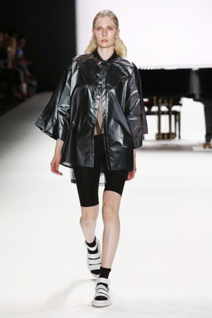 ss-2017_fashion-week-berlin_de_0031_odeur_65364