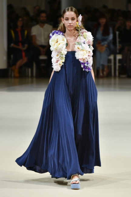 alexis_mabille_ss18_look_27
