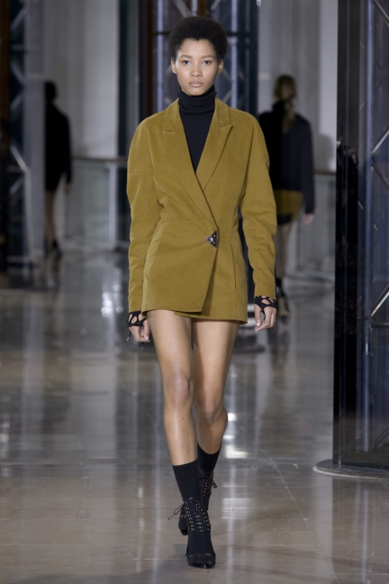 a-vaccarello_look-16_aw16_pw