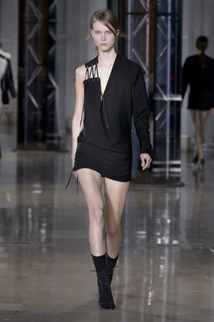 a-vaccarello_look-31_aw16_pw