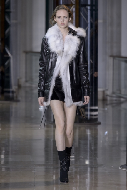 a-vaccarello_look-32_aw16_pw